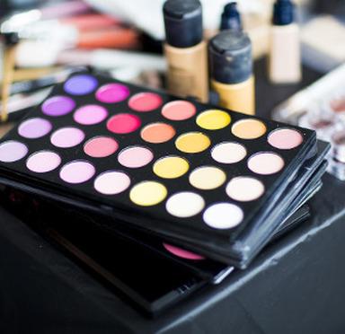 Cours de maquillage Sanguinet
